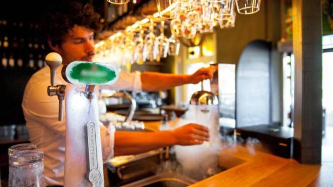 Bar, ijskoud bier - Las Rosas, Zwolle