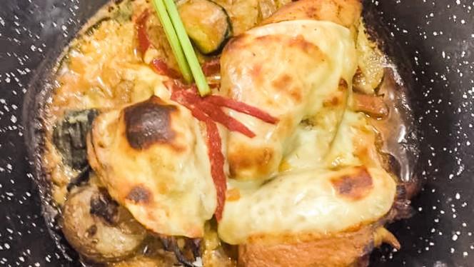 Pollo gratinado con verduritas y suave bechamel - Pi-Gros,