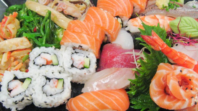 Sushi - Ayanami, Vitrolles