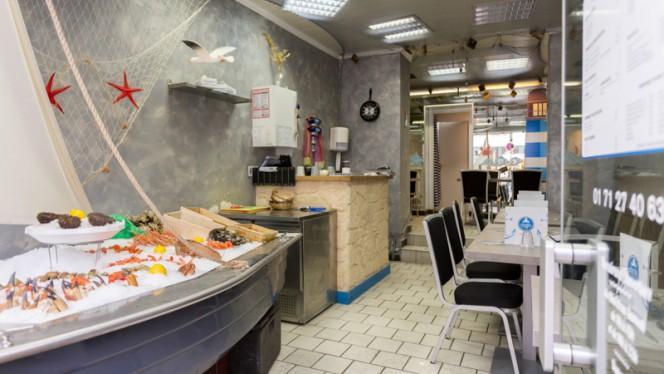 Salle du restaurant - Chacha & Compagnie Gambetta, Paris