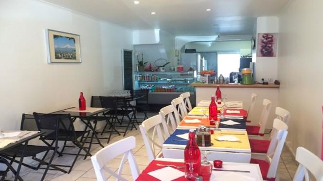 Salle du Restaurant - Couleur Grenade, Marsiglia