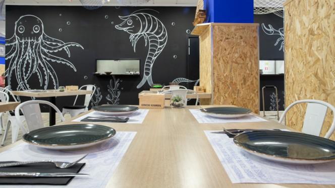 Detalle mesa - Marisquería L'Odisea, Valencia