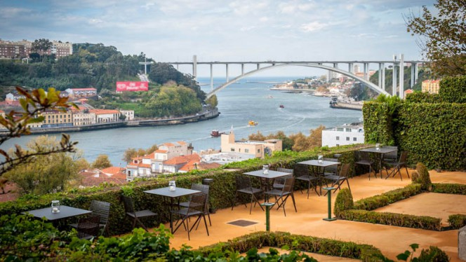 Esplanada - Antiqvvm, Porto