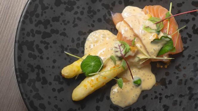 Gravlax de saumon et asperges - Les Sens du Goût, Namur
