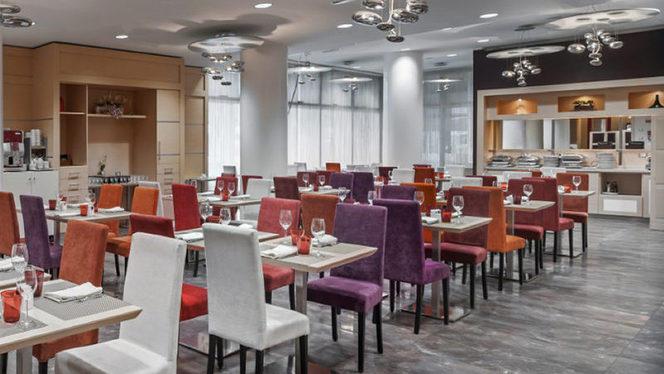 Sala - Ristorante Decanter & Brasserie - Hotel Ramada Plaza Milano, Milan
