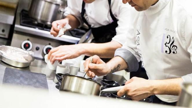 Detalle cocineros - Can Sophia, Tossa De Mar