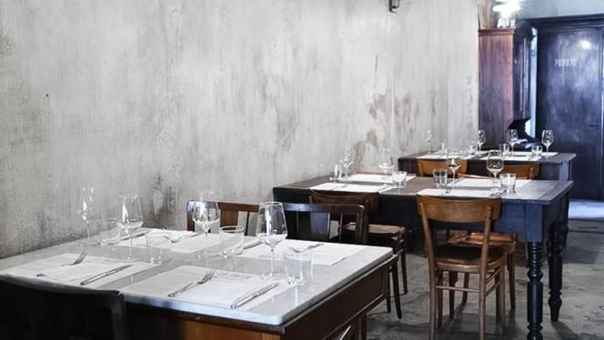 sala - Lo Spaccio Alimentare, Turin