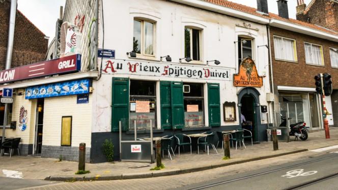Devanture - Au Vieux Spijtigen Duivel,