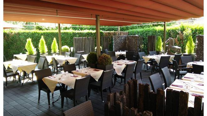 Terrasse - Restaurant au Cheval Noir, Hœnheim