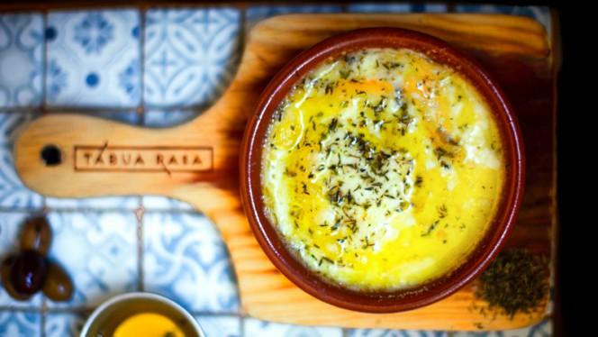 Azeitão no forno - Tábua Rasa, Porto