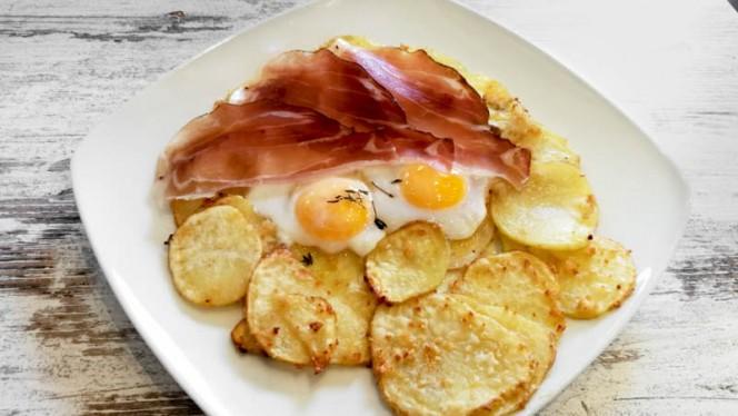 Uovo, speck e patate - Cucci Bistrò, Rome