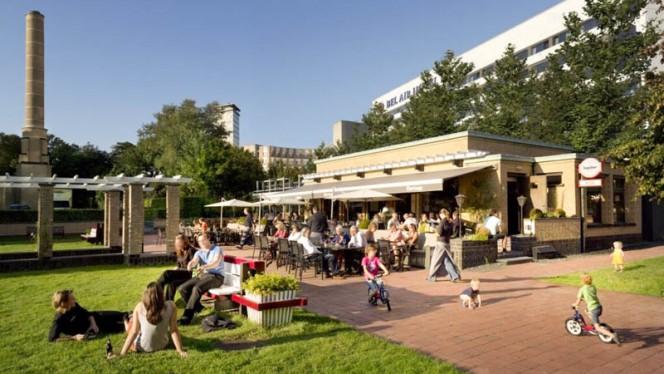 Ingang - Brasserie Berlage, Den Haag