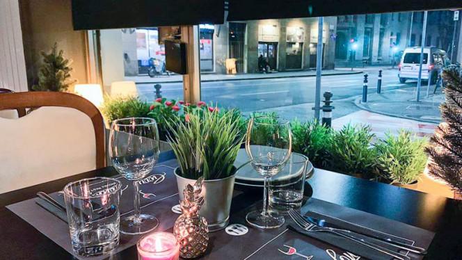 Veduta dell interno - Curry Lounge, Bergamo