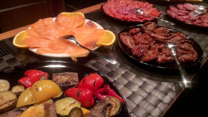 carne e verdure - Beige, Rome