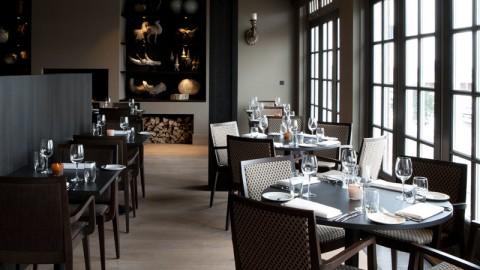 J Restaurant (by Fletcher), Huizen