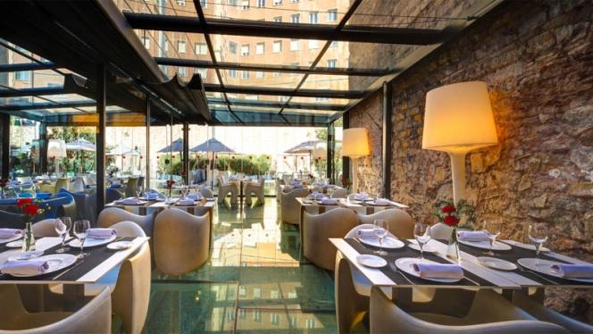 Vista sala - Nineteen - Hotel Olivia Plaza, Barcelona