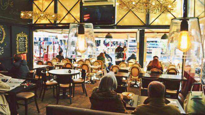 Salle intérieur - Nino Café, Aix-en-Provence