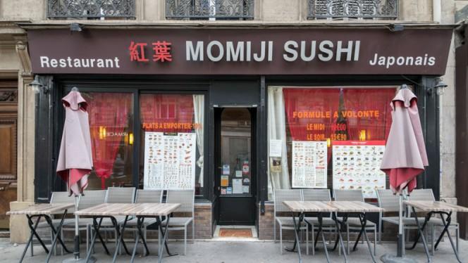 Devanture - Sushi Momiji, Paris