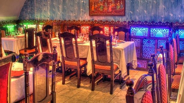 Salle à l'étage - Old Kashmir, Paris