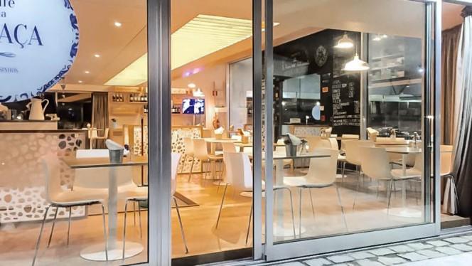 Vista da sala - Café da Praça, Matosinhos