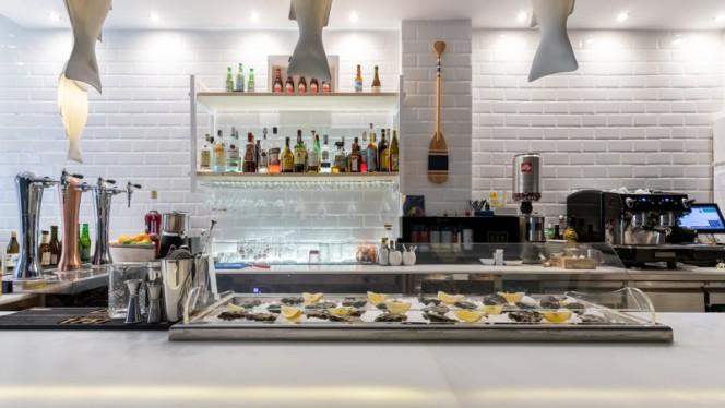 Barra - Crudo Bar, Valencia