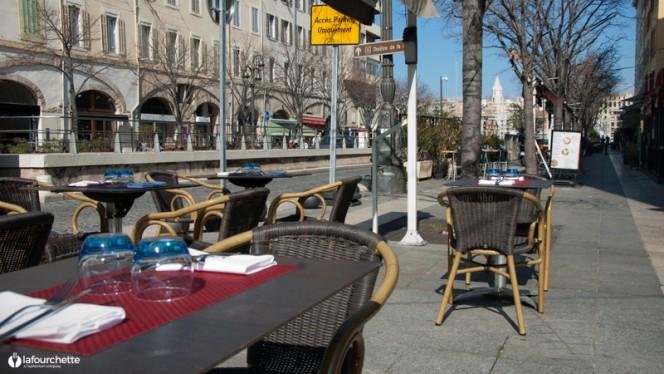 Aperçu de la terrasse - Le 29 Place aux Huiles, Marseille