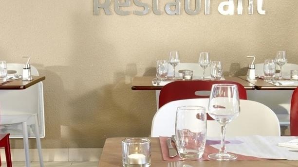 Table dressée - Campanile Toulouse Sud Labège Innopole, Labège