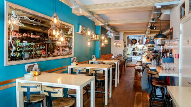 Restaurantzaal - Pinchobar De Zwarte Vosch, Utrecht