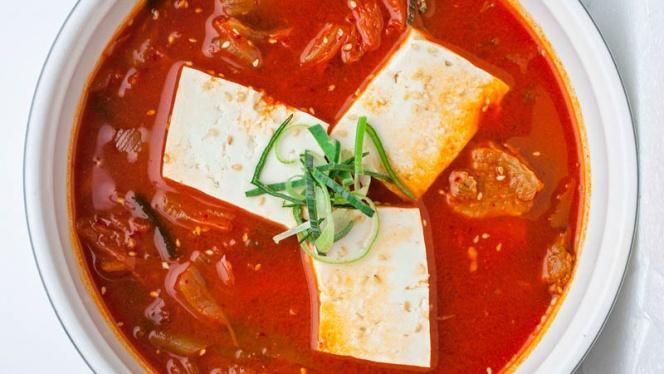 Kimchi chigue(Caldo de Kimchi) - Seoul, Madrid