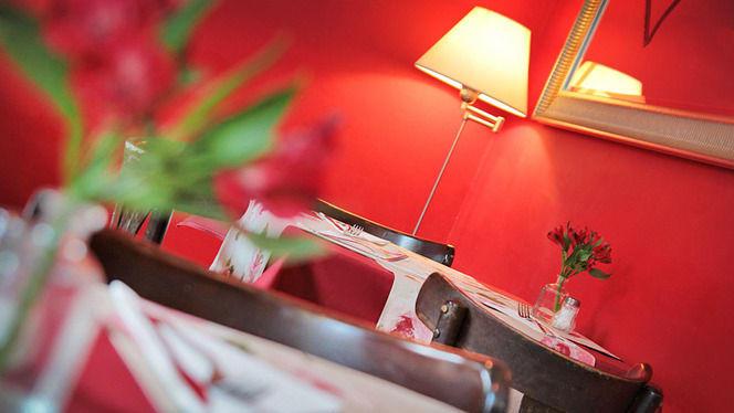 detalle mesa y decoración - Come Una Volta, Barcelona