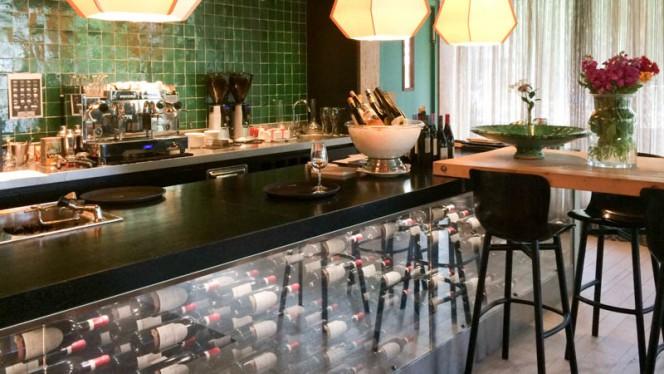 Bar - Le Début (Hotelschool Den Haag Campus Amsterdam), Amsterdam