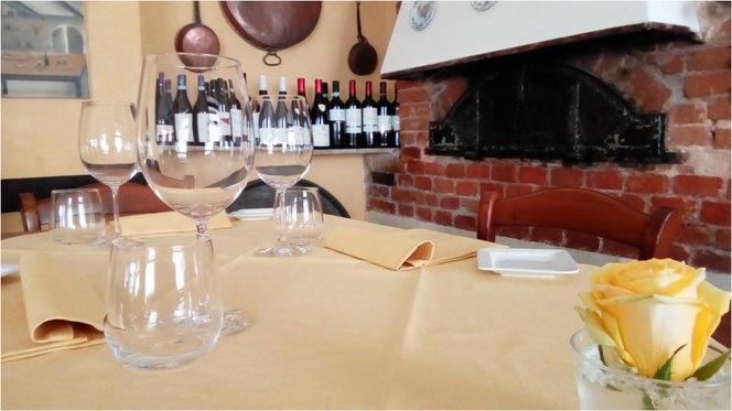 Particolare tavolo - Toe Drue Antica Osteria, Genova