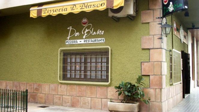 Vista fachada - Don Blasco, Valencia
