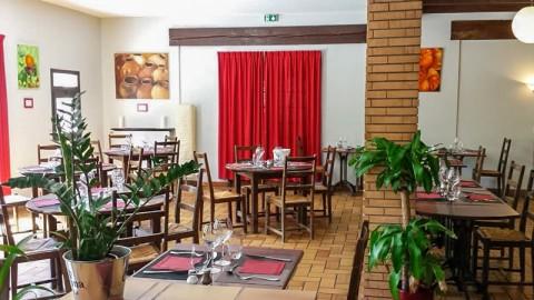 Friendly Auberge Hostel & Restaurant, Colomiers