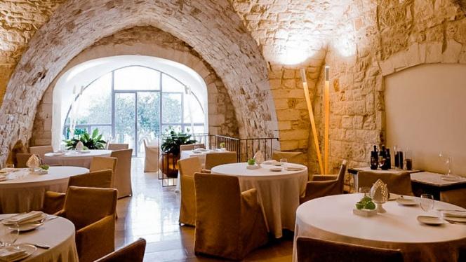 ambiente rustico - Cielo Restaurant - Relais La Sommita, Ostuni