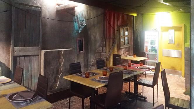 Sala - A Favela, Rome