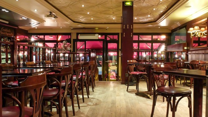 Vue de la salle - Le Maine Café, Paris-14E-Arrondissement