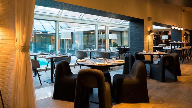 Il tavolo con vista sulla piscina - N Restaurant - Milano, Milan