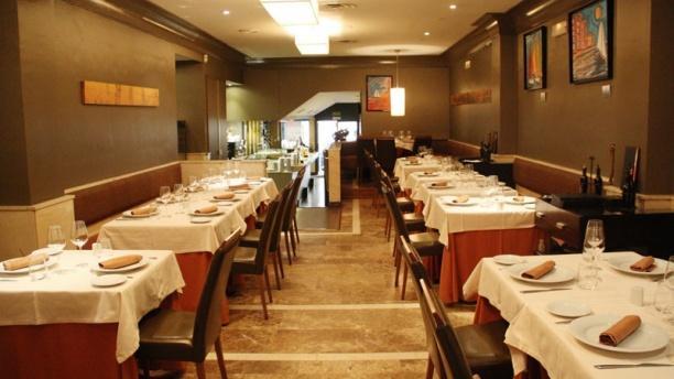 Interior restaurante gastronómico - El 18, Madrid
