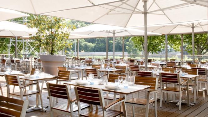 Terrasse avec vue sur jardin - Brasserie L'Ouest, Lyon