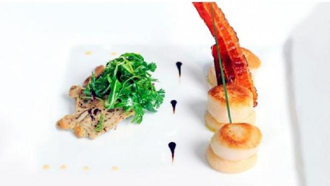 Saint Jacques en sauce - Le Lounge - Warwick Reine Astrid, Lyon