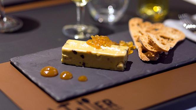 Terrina de foie gras al toque de higos y aceituna botija - El Taller Restaurante Madrid, Madrid