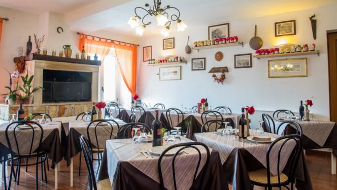 Sala ristorante - Agriturismo Il Casale delle Ginestre, Fiumicino