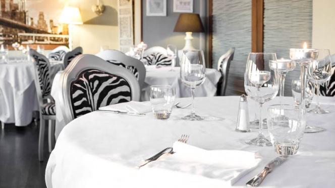 sala - Skyline Restaurant, Milan