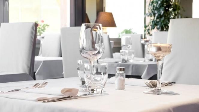 tavolo - Skyline Restaurant, Milan