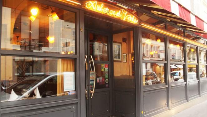 Façade - Auberge de Venise Montparnasse, Paris