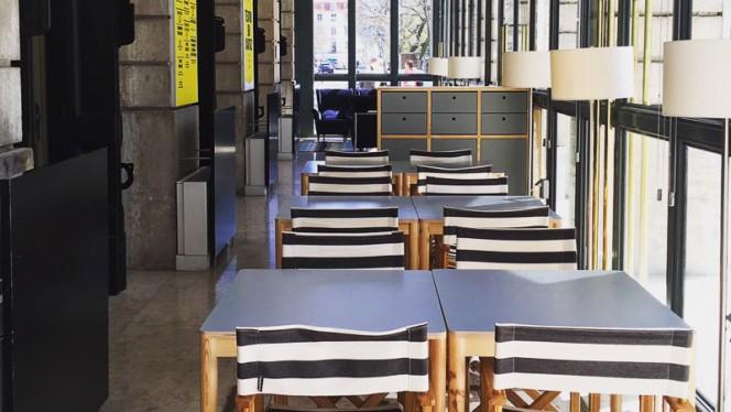Esplanada - Café Garrett, Lisboa