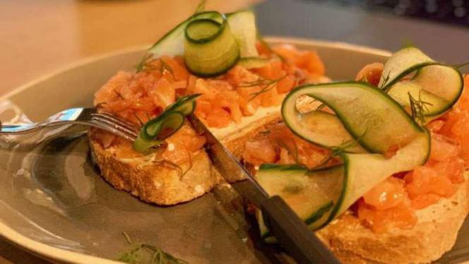Gerookte zalm toast - Peckish, Den Haag