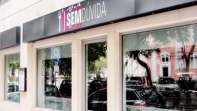 Fachada - Sem Dúvida, Lisboa