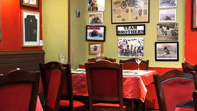 Decoración - Kyiv Café Racer, Madrid
